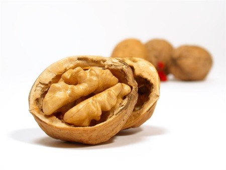 Walnuts Skin Benefits