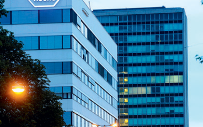 Roche buys Flatiron Health for $1.9 billion